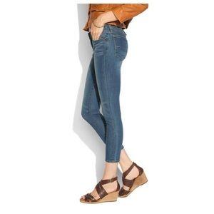 LUCKY BRAND > Charlie Pencil Capri Jeans